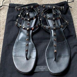 Valentino Noir Rockstud Black Gladiator Sandals 40